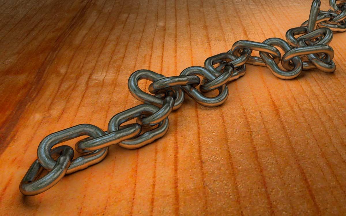 FormadHoc: rendering di catena in ferro sviluppato durante il corso di 3D Studio Max.